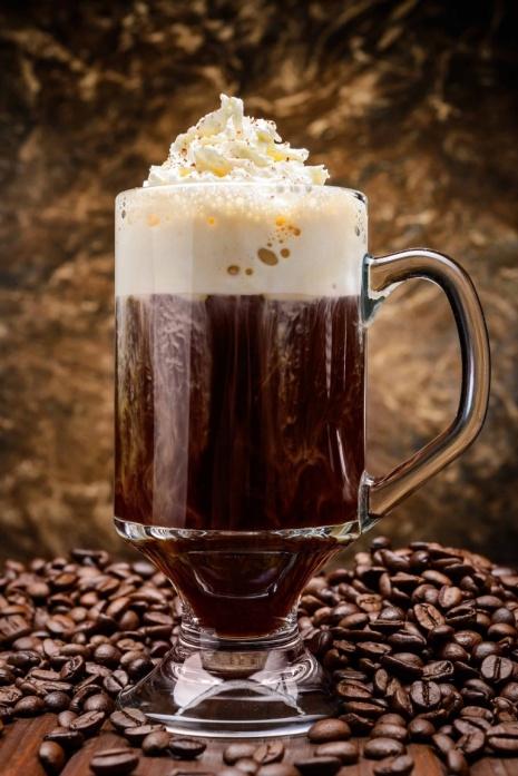 1976-irish-coffee-cocktail-recipe-coffee-whiskey-cream-winter-cocktail-recipes.jpg