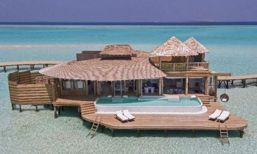 1_bedroom_overwater_villa_exterior_1_1304