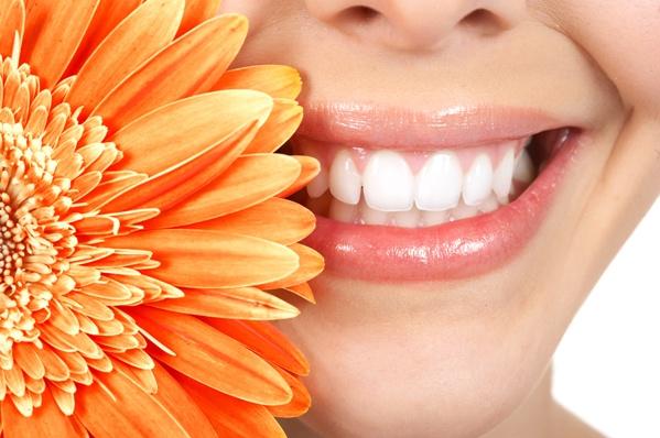 natural-tips-for-lip-care.jpg