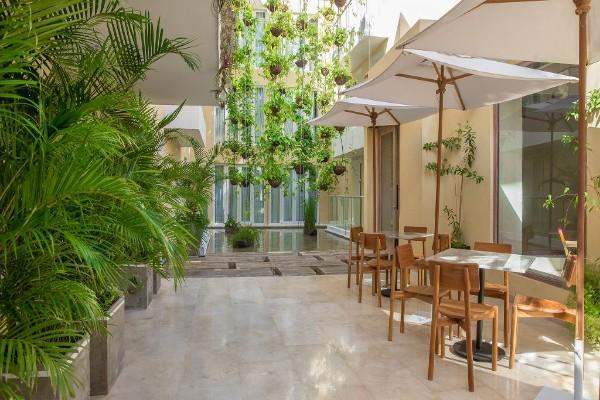 luksuz-putovanja-hoteli-TCHERASSI-Hotel-Spa-4 (3)